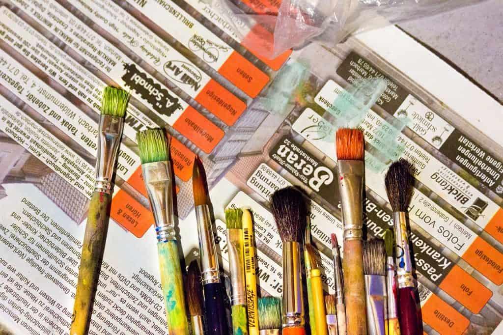 siveltimet - maalaus - taideaineet