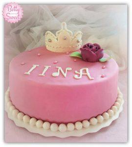 prinsessakakku - syntymapaivakakku - hieno - maistuva