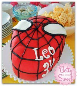 kakku - syntymapaivakakku - spidermankakku - maistuva