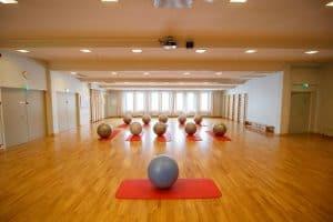 Harjula-salia käytetään liikuntatilana ja jumppasalina