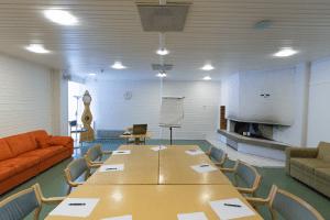 tila - kokous